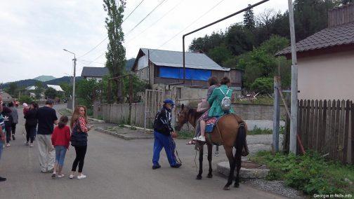Катание на лошади в Бакуриани