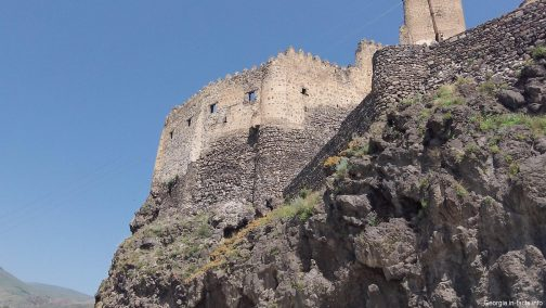 Крепость Хетрвиси летом