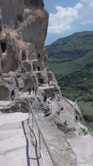 Лестницы и переходы в Вардзиа