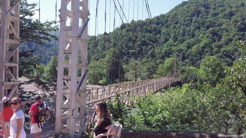 Необычный мост в Грузии
