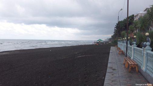 Пляж в Шекветили