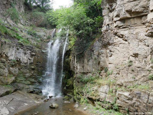 Водопад в центре Тбилиси