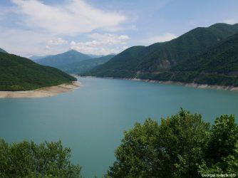 Жинвальское водохранилище на экскурсии по Военно Грузинской дороге