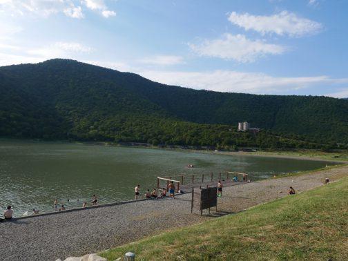 Купание в озере в Кахетии