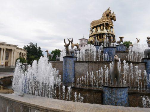 Золотой фонтан в Кутаиси